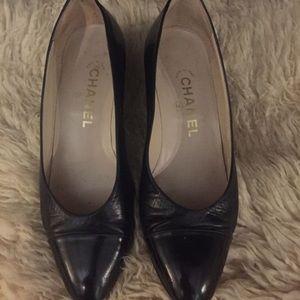 Chanel black size 6
